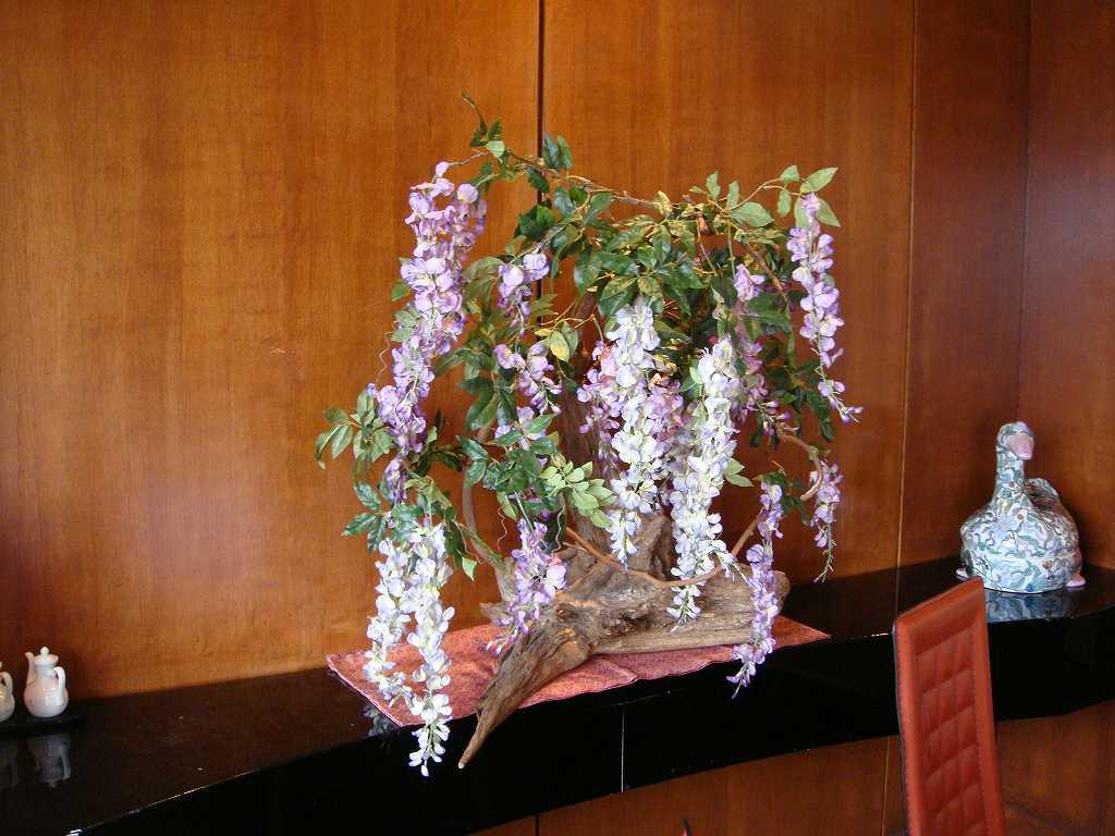 春の装飾、藤の装飾ディスプレイ
